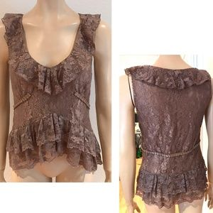 To The Max taupe lace top sleeveless peplum